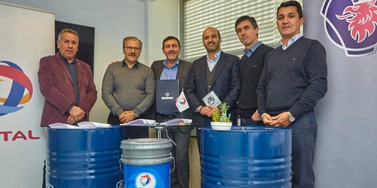 Total Chile firma acuerdo de colaboración con Scania