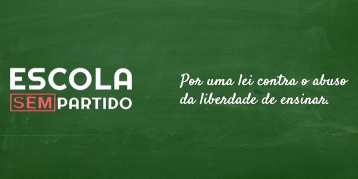 Escola sem Partido anuncia suspensão de atividades e critica Bolsonaro