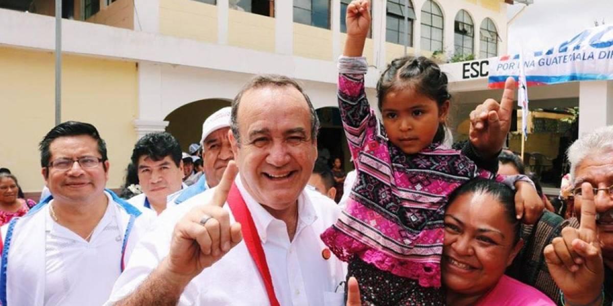 Alejandro Giammattei visita San Pedro Sacatepéquez