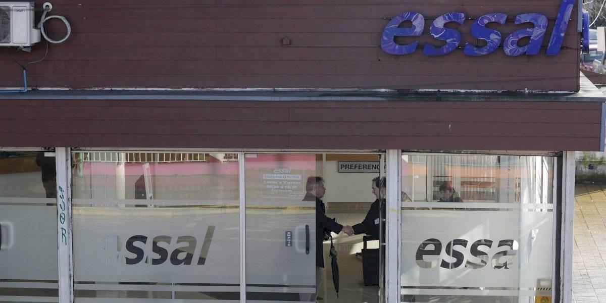 """Superintendente no aprueba caducar contrato a Essal en Osorno: """"La gente va a sufrir las consecuencias de este período de transición"""""""