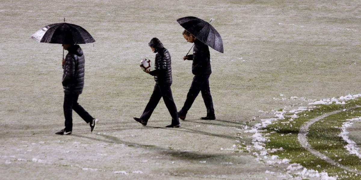 La nieve en San Carlos de Apoquindo suspendió la revancha entre la UC y Santiago Morning por los octavos de final de la Copa Chile
