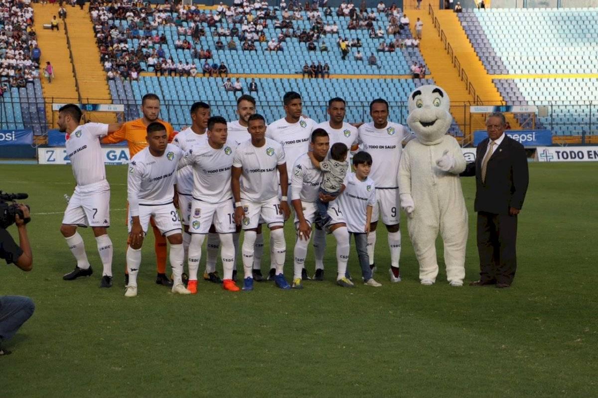 Comunicaciones logró avanzar a semifinales de la Premier Centroamericana.