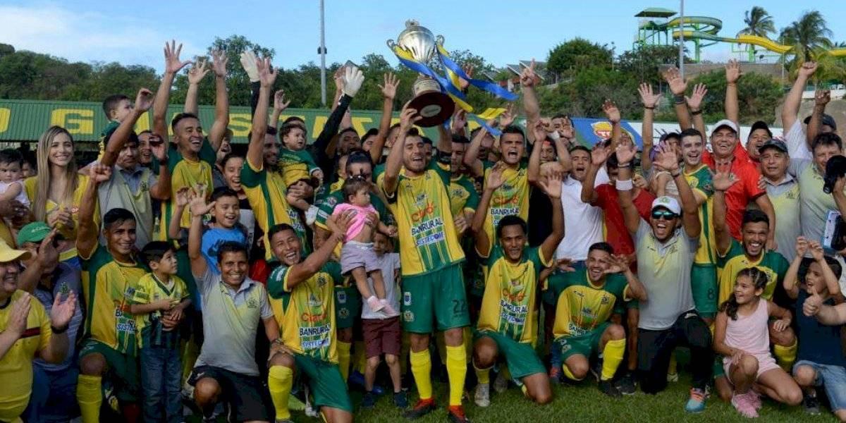 """VIDEO. Guastatoya es el """"Campeón de Campeones"""" de Guatemala"""