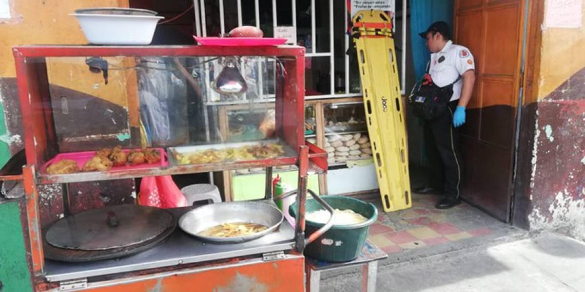 Matan a vendedora en interior de panadería en zona 1