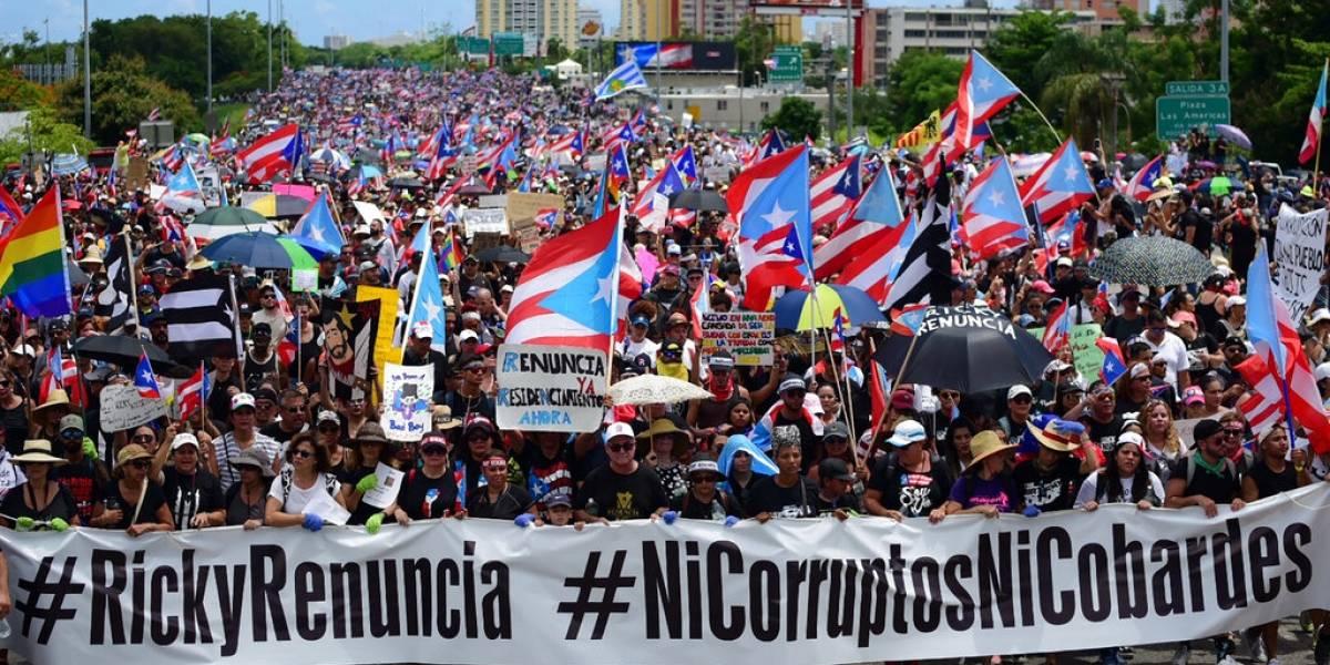 Miles de puertorriqueños marchan para pedir la renuncia de Ricardo Rosselló