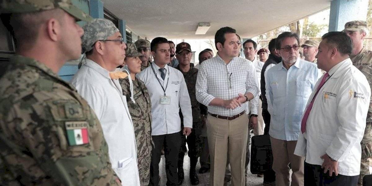 Presidente Morales y embajador de EE. UU. visitan hospital de Huehuetenango