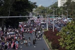 protestaspuertor-f2f94234a89e5813f9e7b5684e9e6afe.jpg
