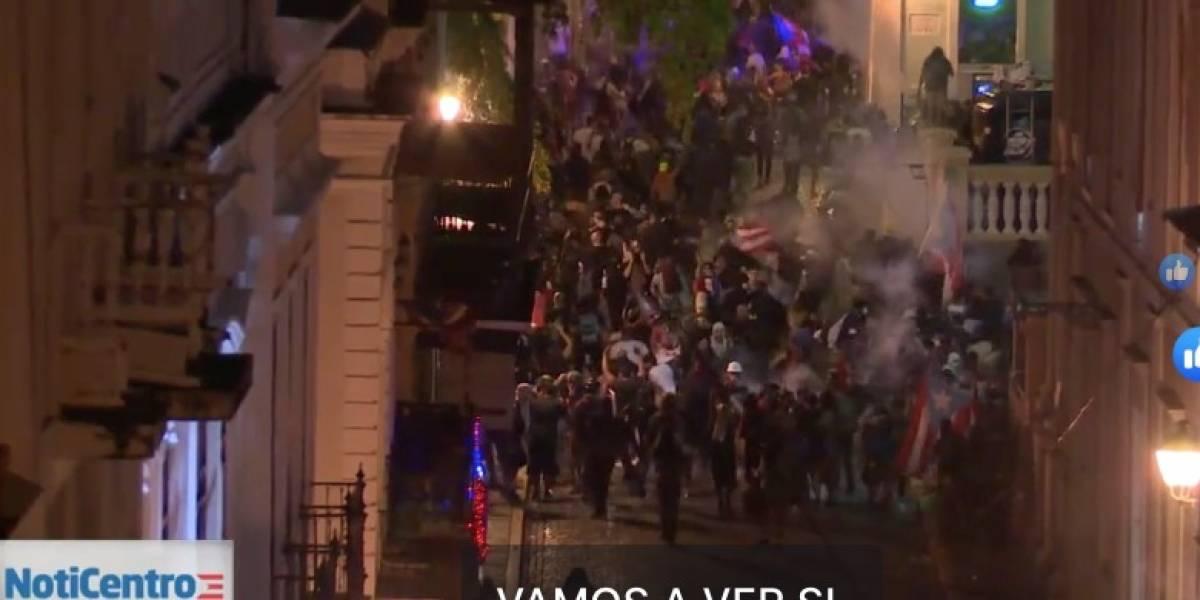 Jefe de la Policía dice tiraron gases porque policías fueron agredidos con botellas