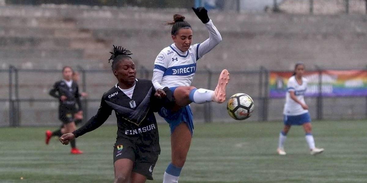 Santiago Morning no da tregua en la cima del torneo y golea a la UC en el fútbol femenino