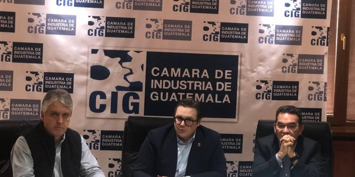 Industriales respaldan a Morales y responsabilizan a los magistrados de la CC