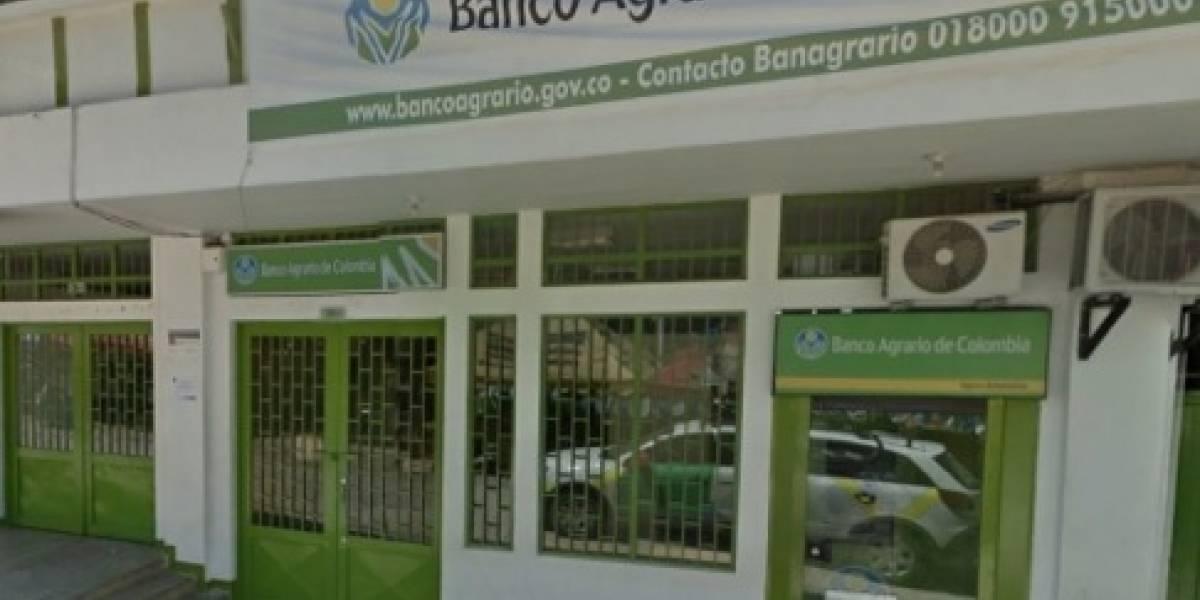 Cajero entregó más dinero del solicitado y ahora el banco ruega que lo devuelvan