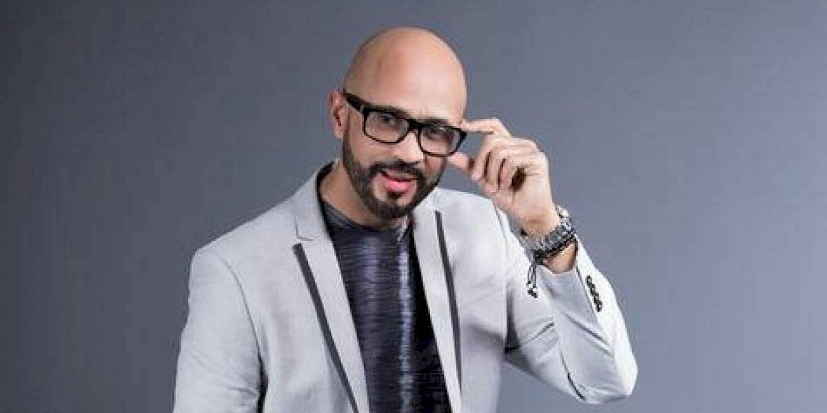 """Johny García promociona tema """"Enfermedad de ti"""""""