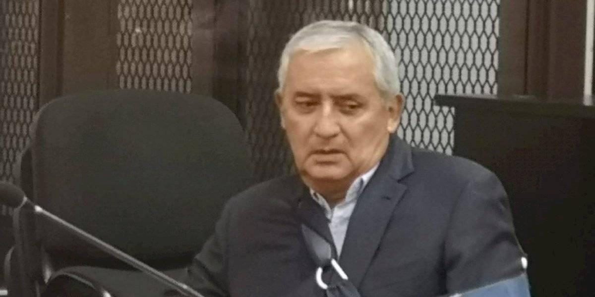 """Rechazan petición de Otto Pérez para salir de prisión ante riesgo de """"muerte súbita"""""""