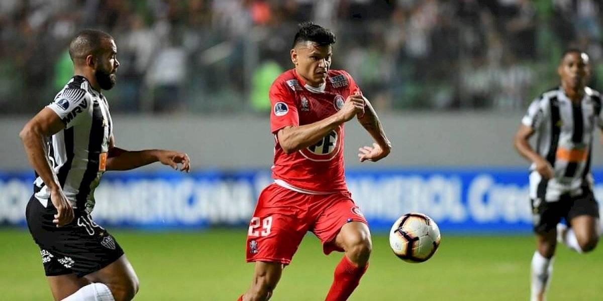 La Superliga de Argentina le roba otra figura al fútbol chileno