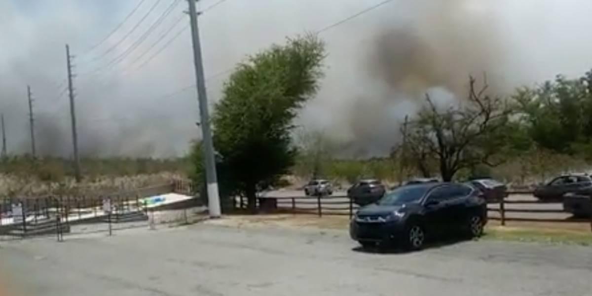 Reportan fuego de grandes proporciones en pastizal en Coamo