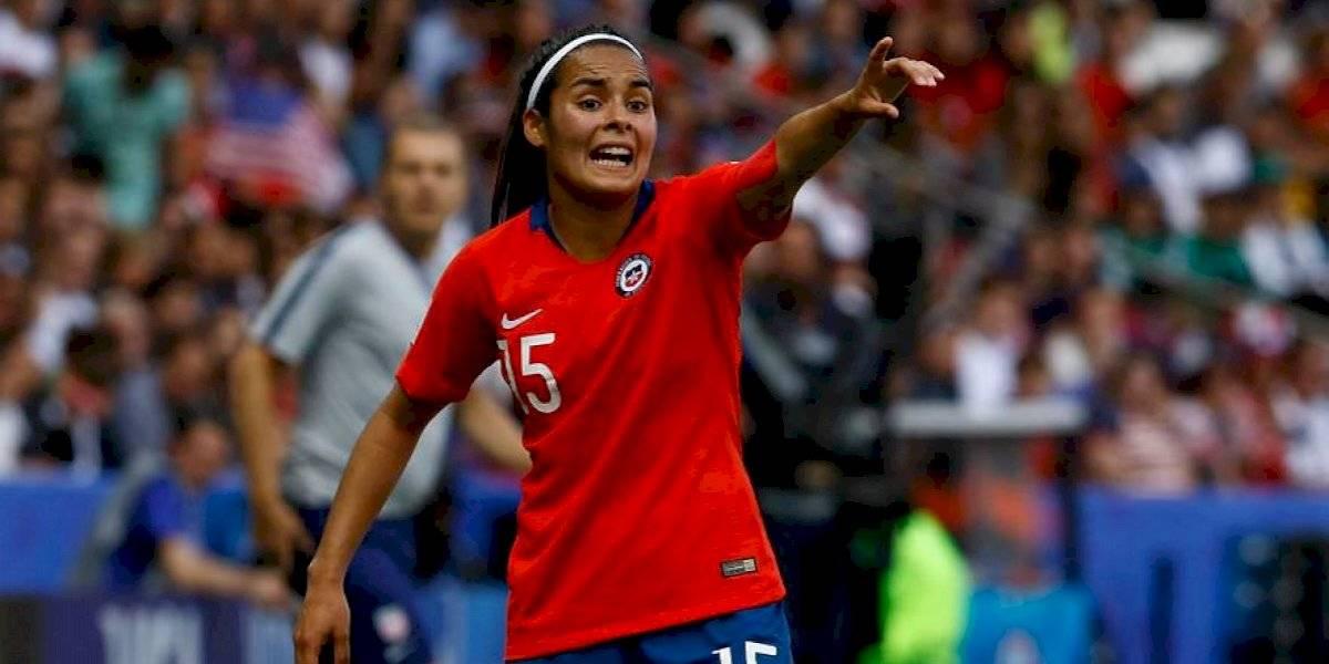 """Su Helen Galaz quiere más exigencia para la Roja femenina: """"Jugar con EE.UU. no es lo mismo que contra Bolivia o Perú"""""""