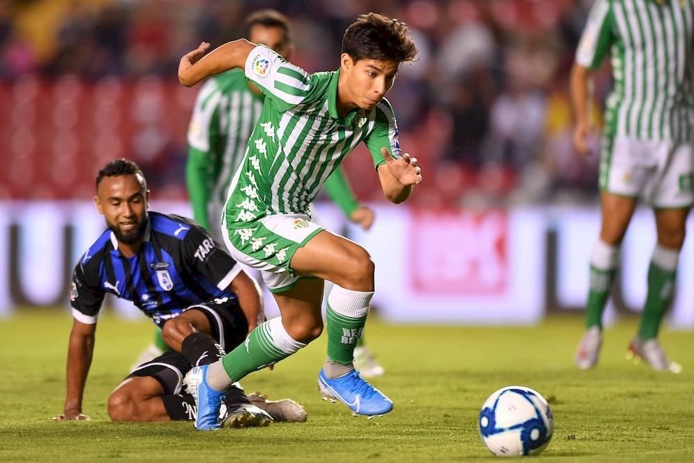 Diego estuvo muy activo en el partido. / Mexsport