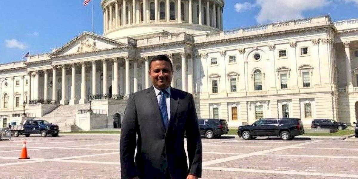 Candidato a vicepresidente de la UNE se reúne con senadores de EE.UU.
