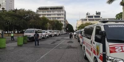 cierres viales en zona 1 por donación de ambulancias a bomberos Voluntarios