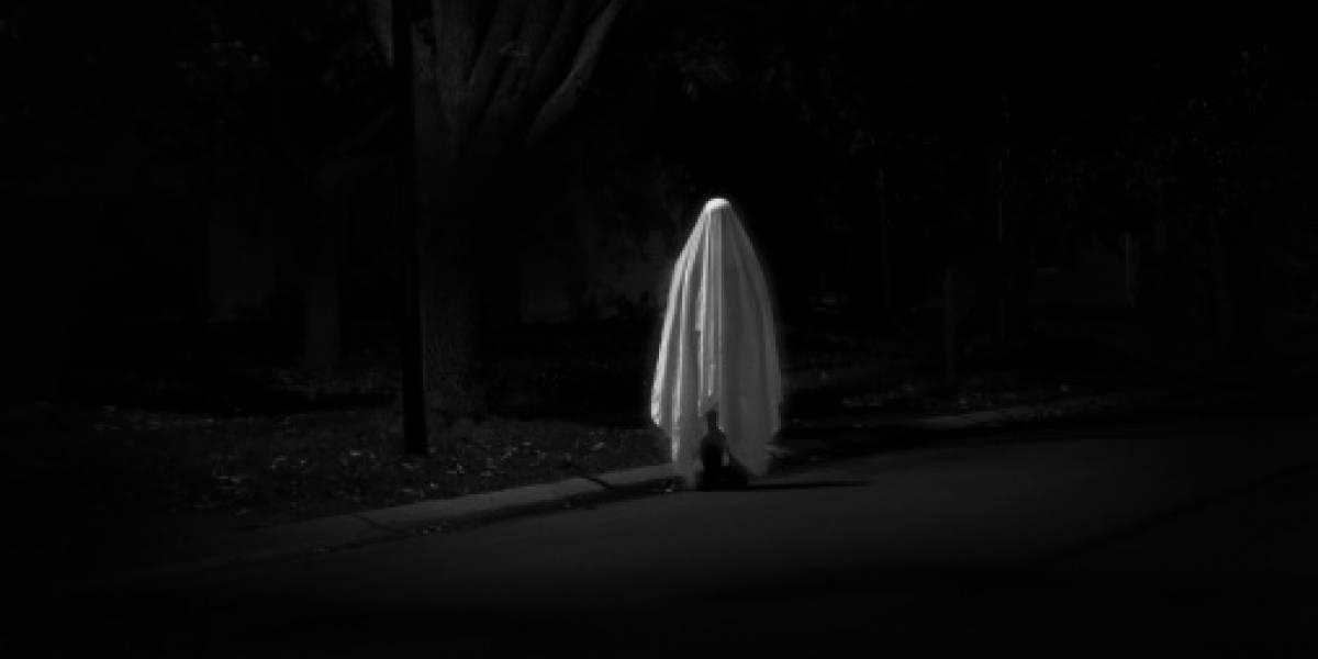 Era un matrimonio feliz hasta que la quiso asesinar: mujer se somete a un exorcismo para separarse de su marido fantasma