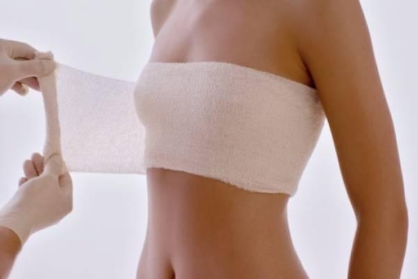 Image result for Retiran de la venta en todo el mundo implantes mamarios vinculados a un raro tipo de cáncer