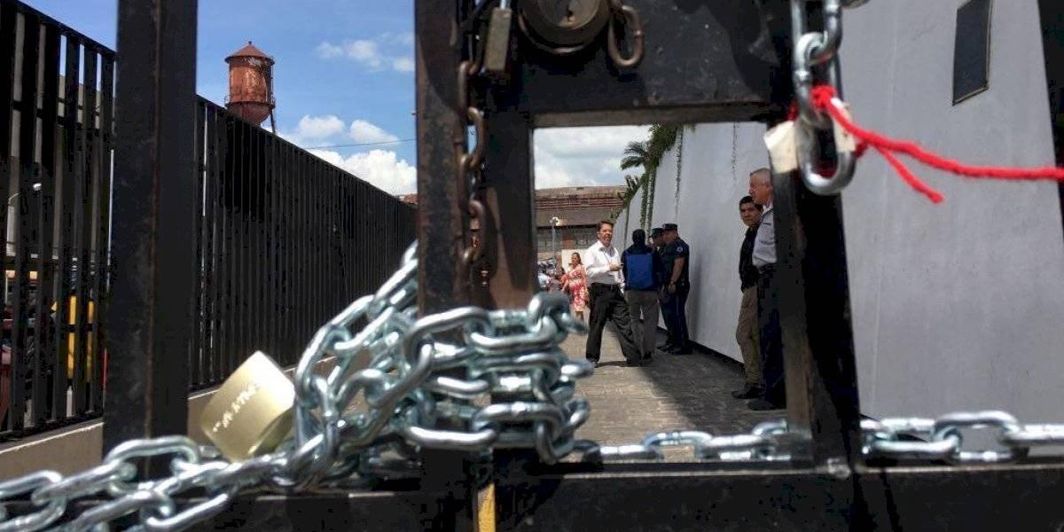 Manifestantes cierran ingresos a la CSJ y Torre de Tribunales