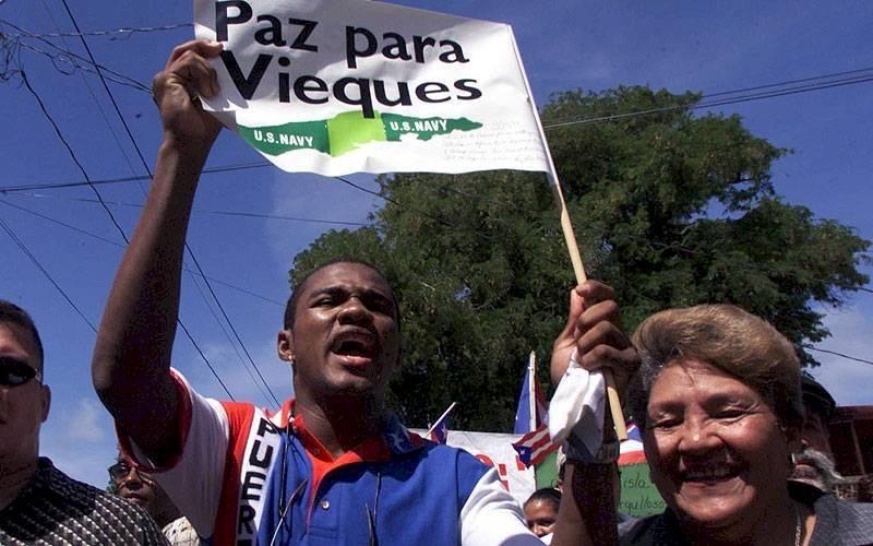 Tito Trinidad pidió Paz Para Vieques (Primera Hora)