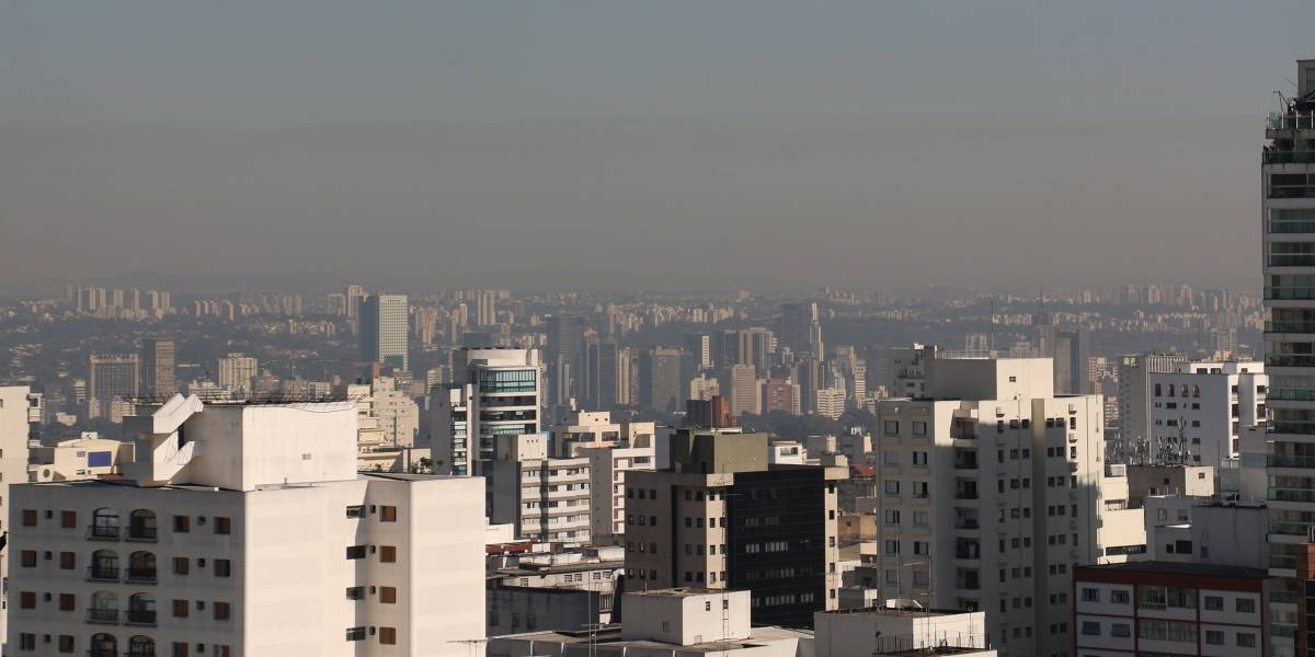Sem chuvas, São Paulo encara dias de tempo seco e ar poluído