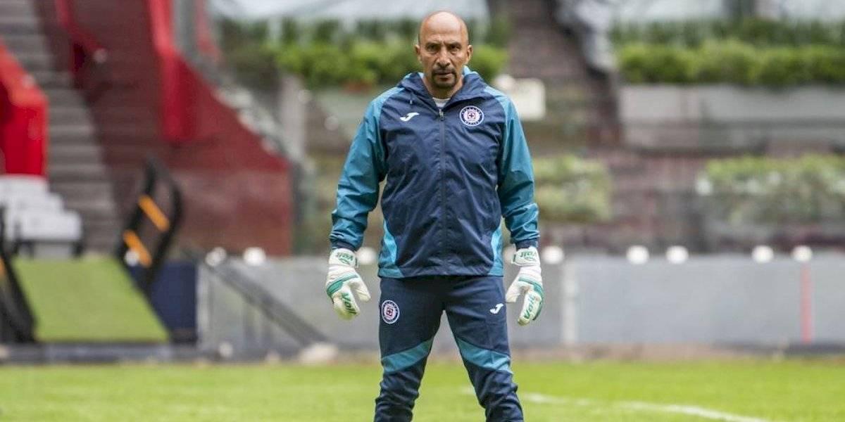Óscar 'Conejo' Pérez estará de vuelta con Cruz Azul