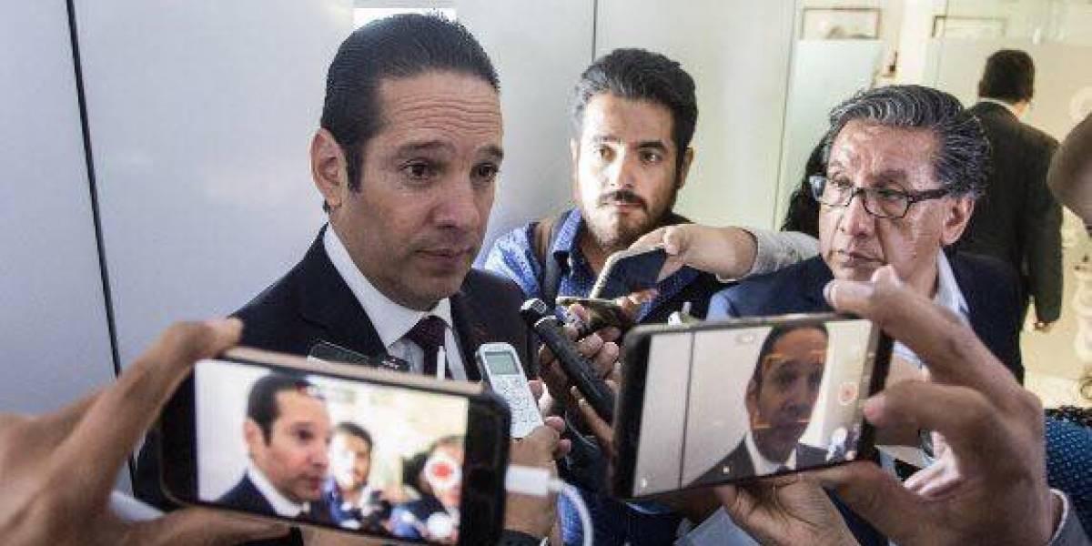Gobernador de Querétaro demanda a empresario por daño moral