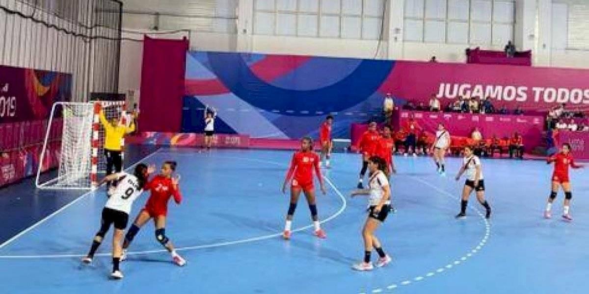 Balonmano femenino y Voleibol Playa inician con el pie derecho