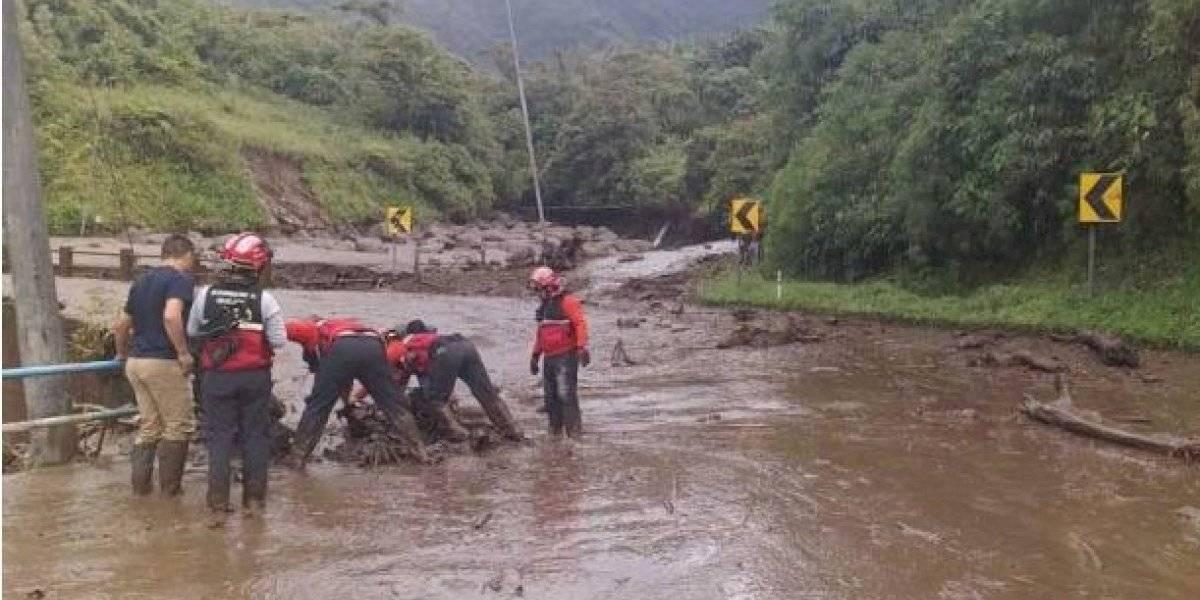 Napo: Tres personas heridas tras caída de puente