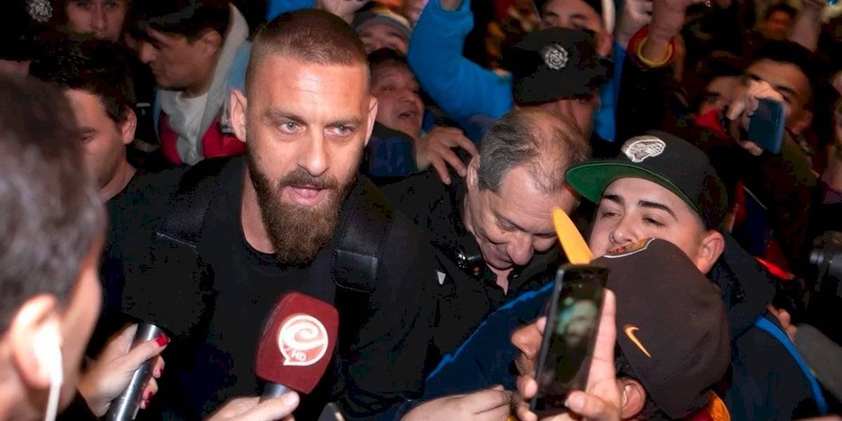 Caos, locura y pasión: la llegada de Daniele de Rossi a Buenos Aires para firmar en Boca Juniors
