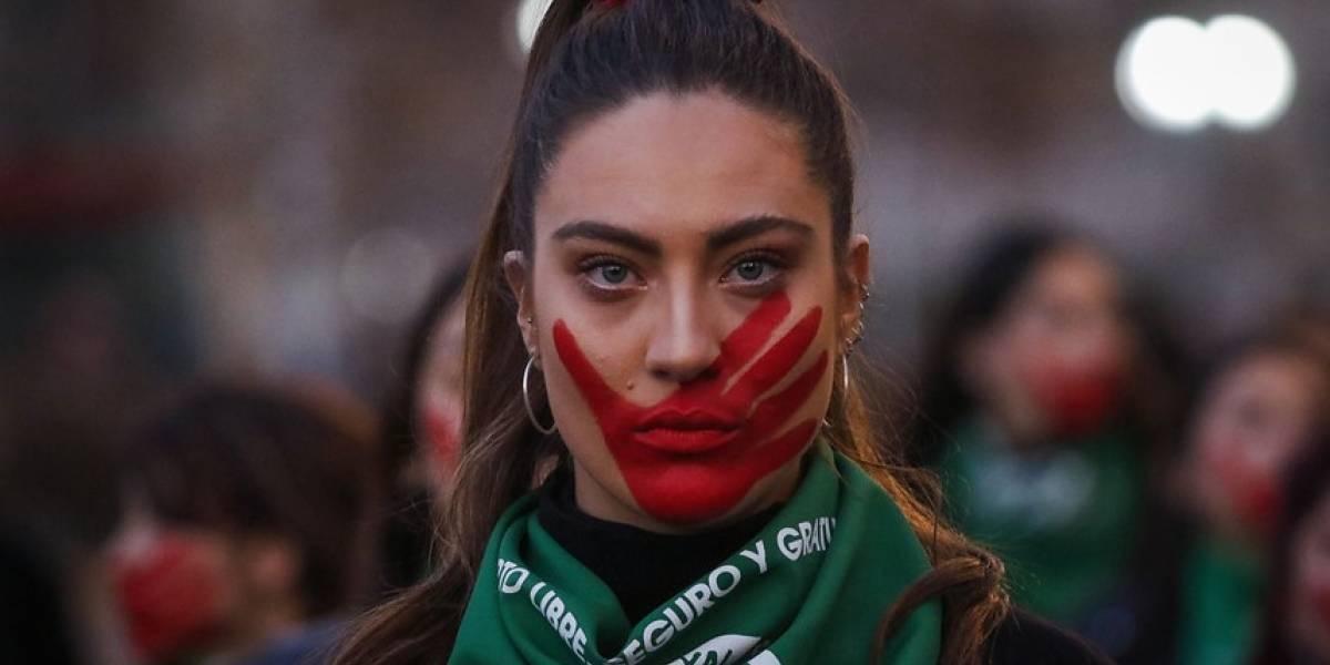 Marcha nacional por el aborto libre tomó las calles de Santiago y Valparaíso