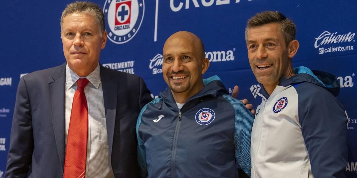La sorpresa de Cruz Azul, el homenaje par el 'Conejo' Pérez