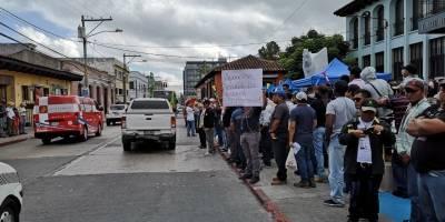 manifestaciones y PNC frente a la Corte de Constitucionalidad