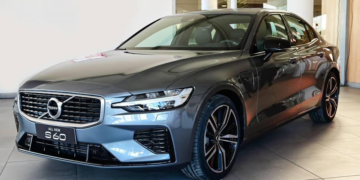 Volvo apuesta a liderar los sedan premium con el nuevo S60