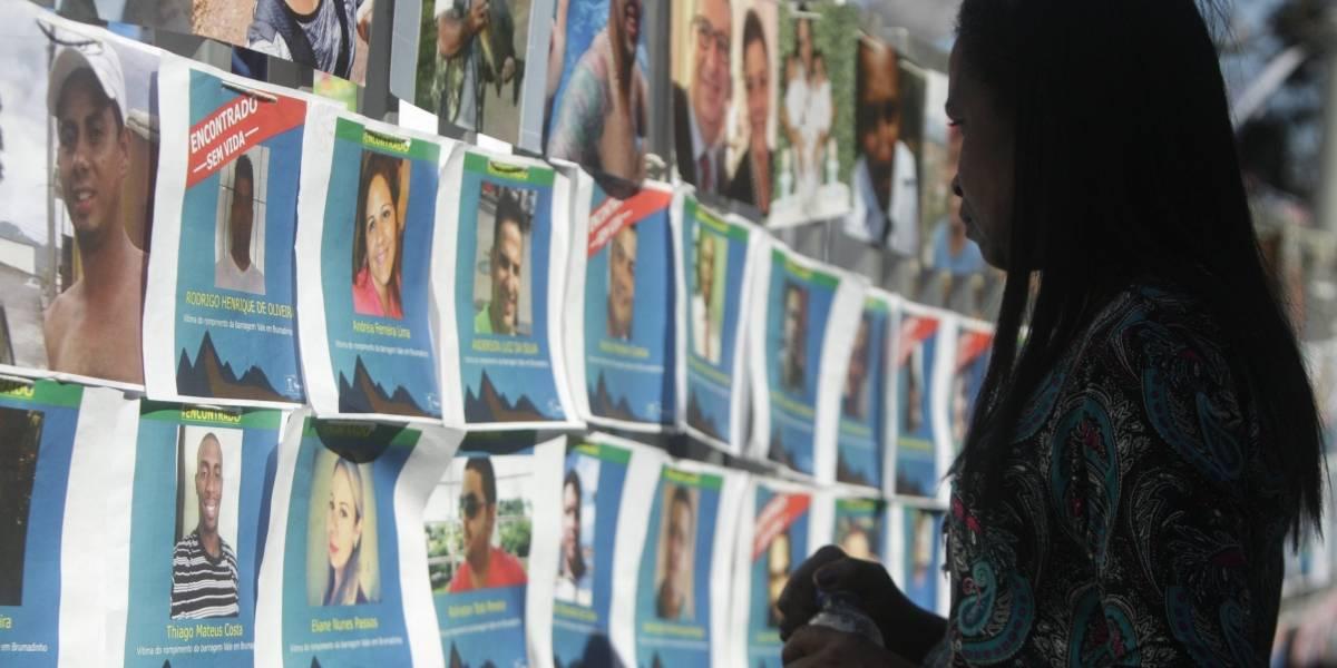 Seis meses após rompimento, familiares homenageiam vítimas em Brumadinho
