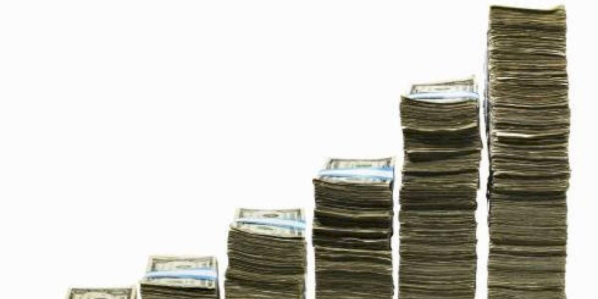 'Vale más que sobre y no que falte', dice AMLO sobre crédito del FMI