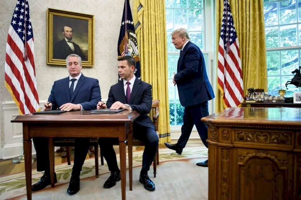 Guatemala firma acuerdo con EE. UU.