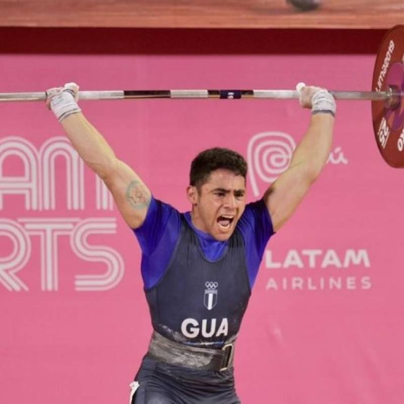 El gimnasta Audrys Nin gana gana la medalla de oro en salto