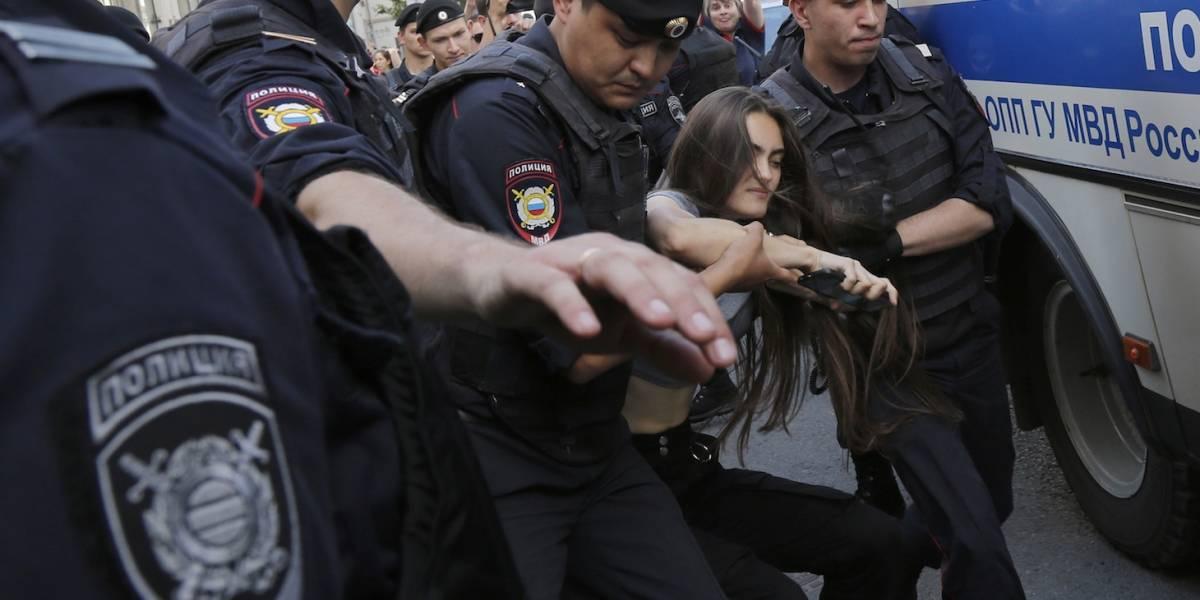 Más de 638 detenidos durante manifestación opositora en Moscú