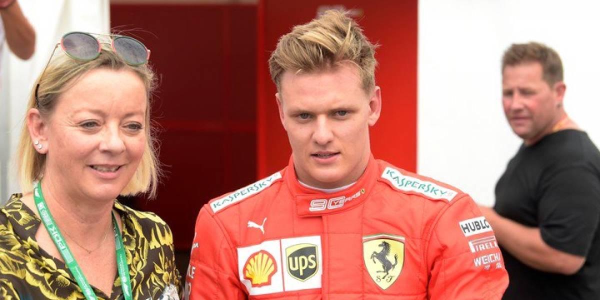 VIDEO: Hijo de Schumacher dio una vuelta con el último Ferrari que manejó su padre