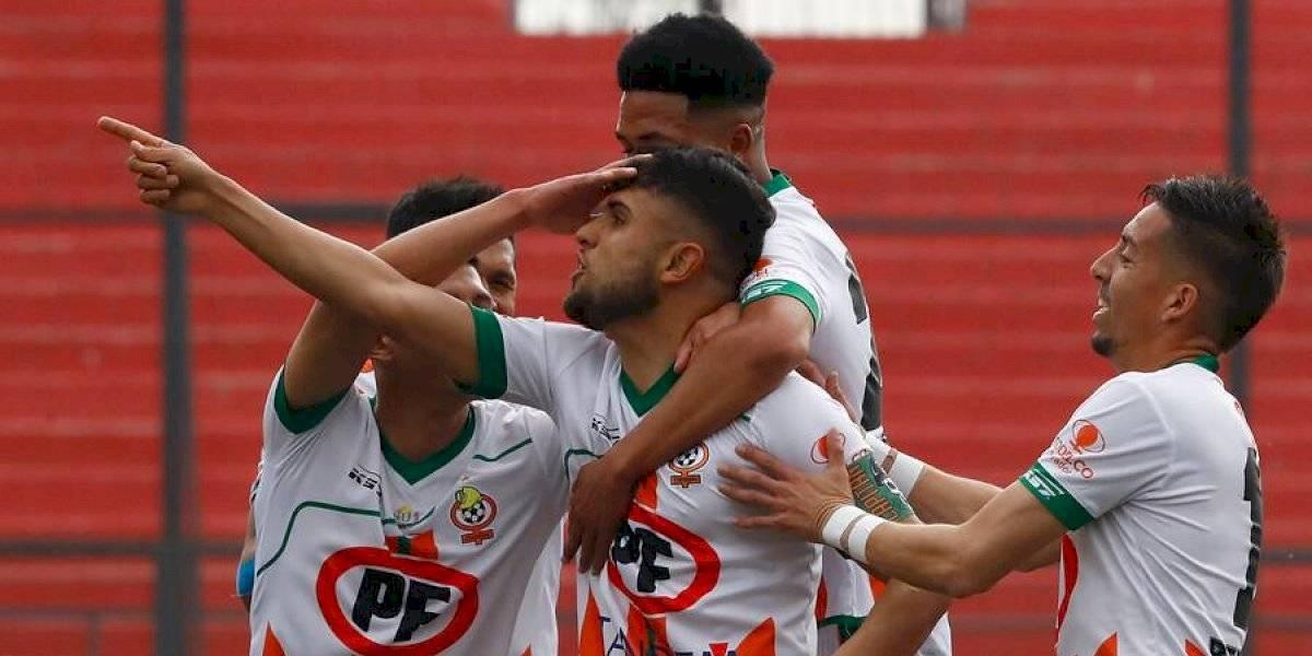 Cobresal le pone presión a la U y logra importante victoria ante U. Española en el Campeonato Nacional