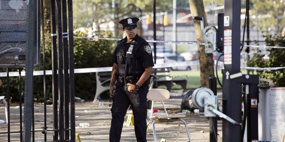 Policía busca a dos sospechosos tras tiroteo en Brooklyn