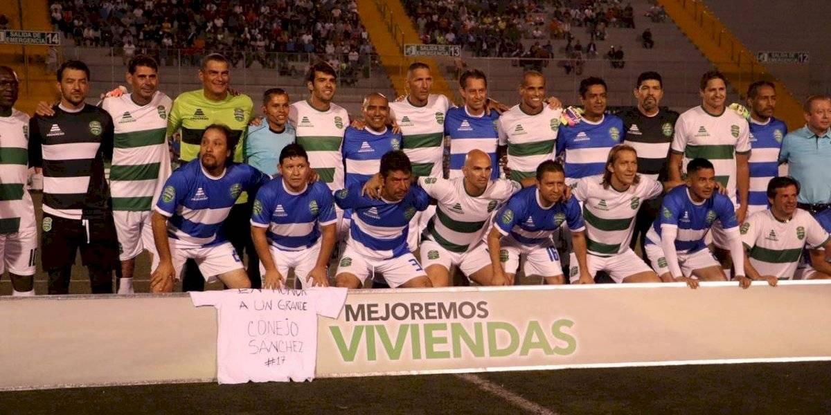 Leyendas del futbol recuerdan a Óscar Sanchéz