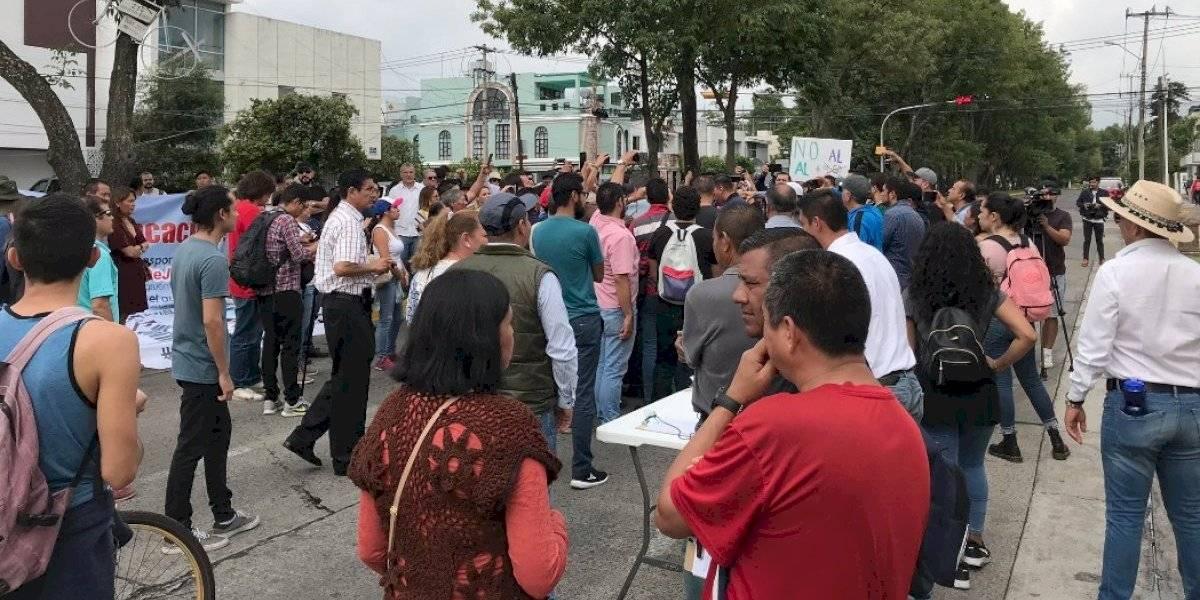 Continúan las protestas por alza en tarifa de transporte en Guadalajara