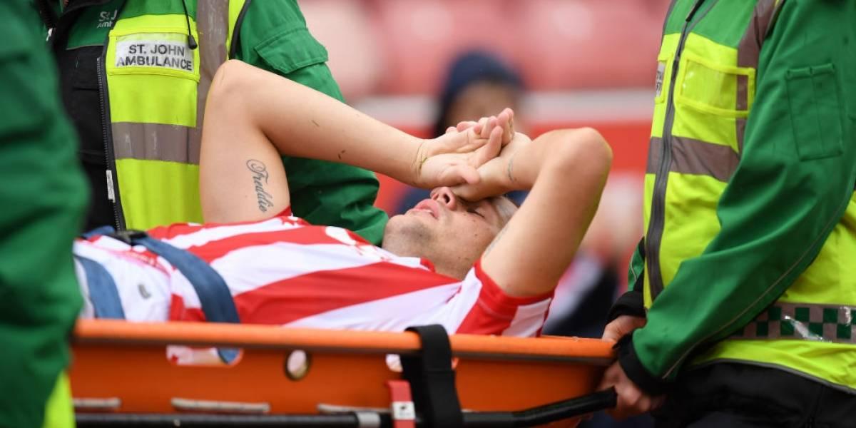 Futbolista sufre grave fractura en duelo amistoso