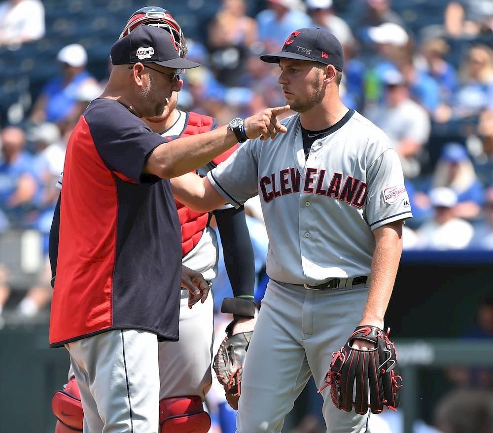 MLB sanciona a involucrados en la pelea entre Rojos y Piratas