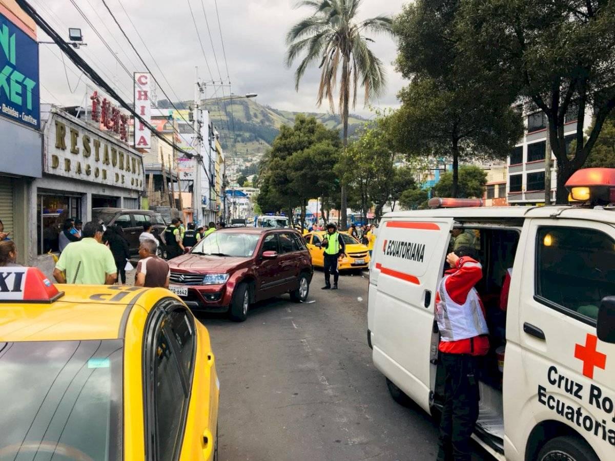 Fuerte accidente de tránsito en la avenida Rodrigo de Chávez, sur de Quito ECU 911